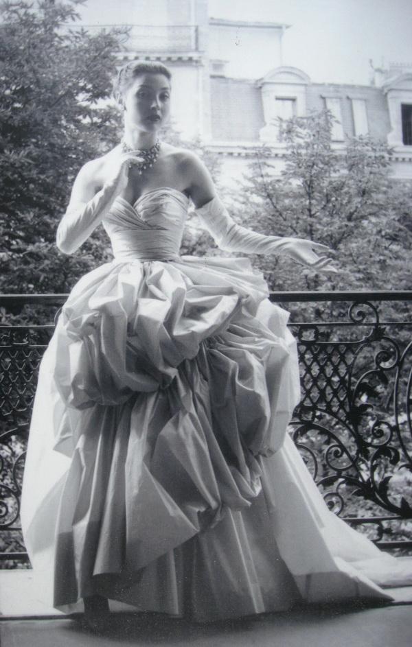 slika 248 Modni CV: Christian Dior