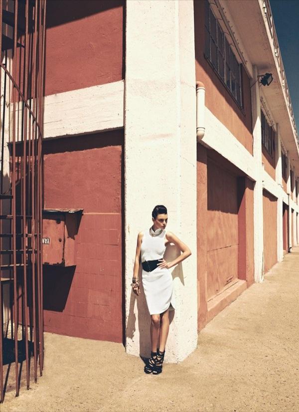 """slika 331 """"Harper's Bazaar"""": Zavodljivo leto"""