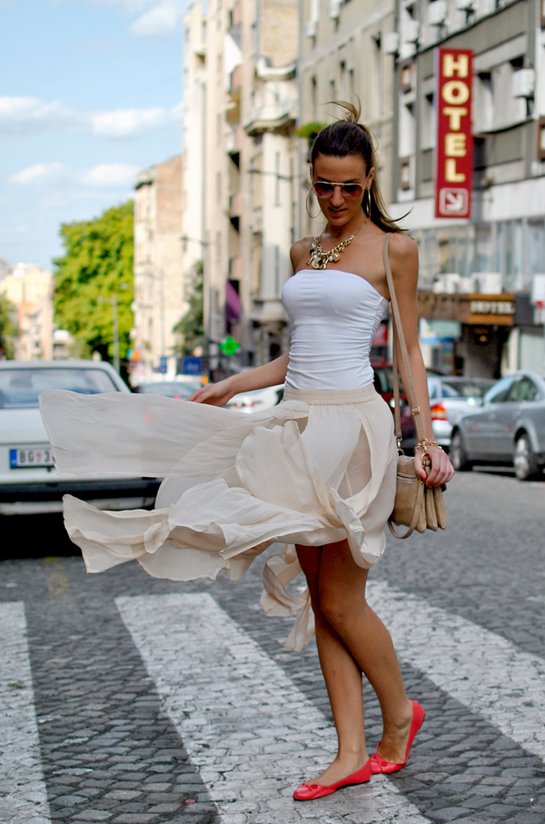 slika712 Belgrade Style Catcher: Plavi jul