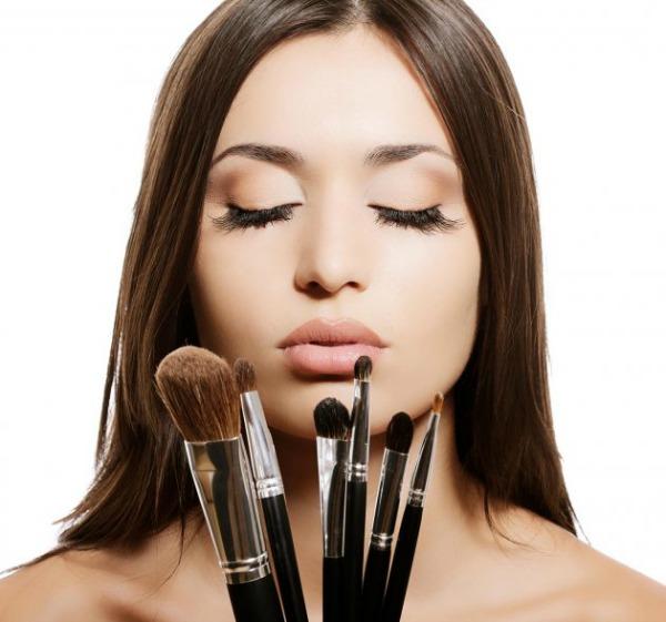 11 Pet najčešćih grešaka prilikom šminkanja