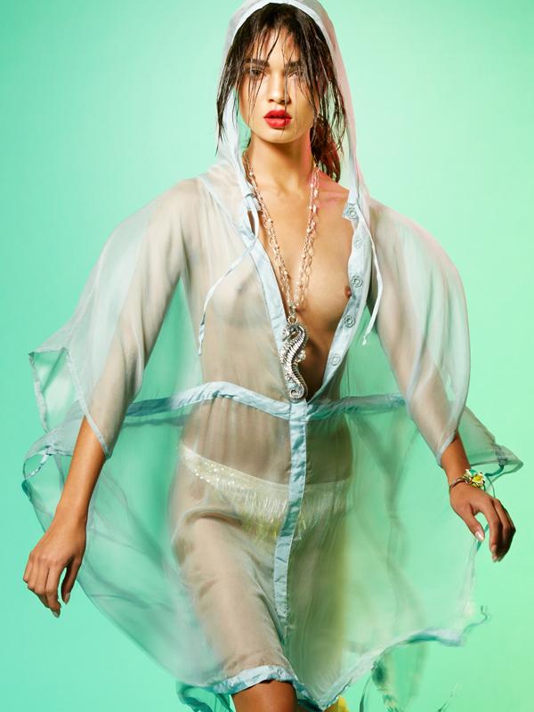 "Daniela Braga by Nico Iliev Aqua Marine Tantalum 12 Summer 2012 6 ""Tantalum Magazine"": Plavetnilo mora"