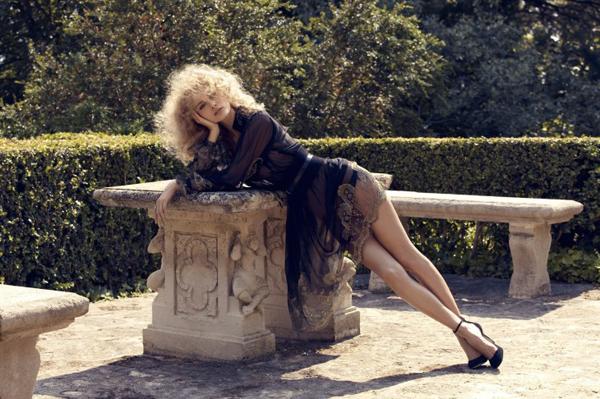 Edita Vilkeviciute Camilla Akrans5 730x486 Vogue Japan: Glamurozna jesen