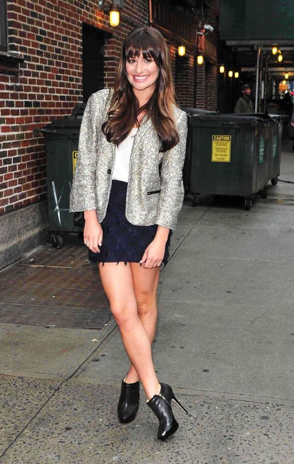 Lea Michele entering Late Show With David Letterman in NYC May 2115 20 odevnih kombinacija za sastanke koje muškarci obožavaju (2. deo)