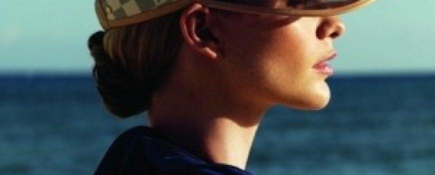 Louis Vuitton: Poppy Delevigne na odmoru