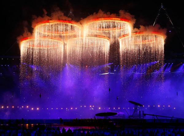 SLIKA 24 Deset najluđih momenata sa ceremonije otvaranja OI u Londonu 2012.