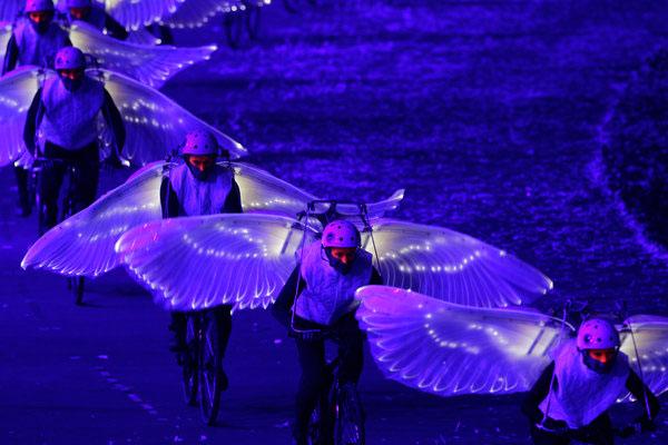 SLIKA 33 Deset najluđih momenata sa ceremonije otvaranja OI u Londonu 2012.