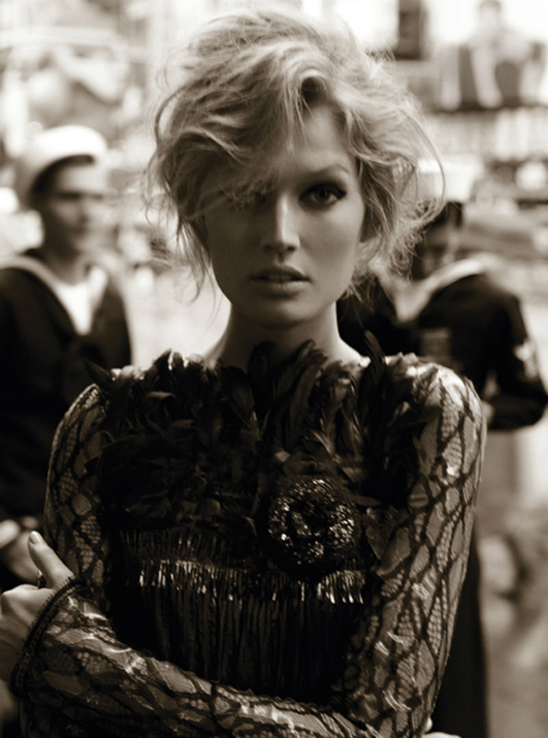 "Slika 810 ""Vogue Germany"": Dani slave"