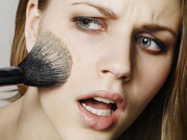 bad makeup application Pet najčešćih grešaka prilikom šminkanja