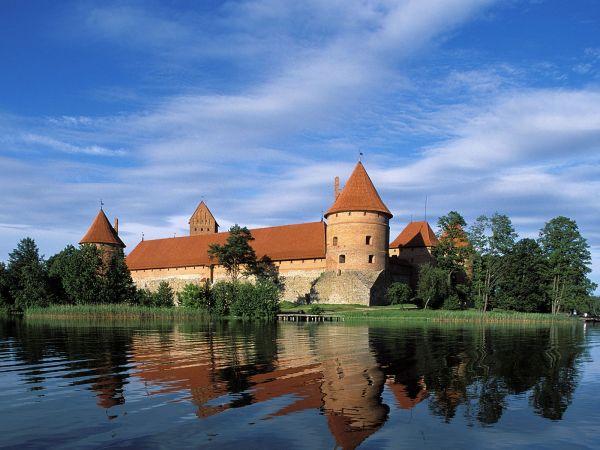 litva Klopajmo na ulici: Brčkanje na Baltiku