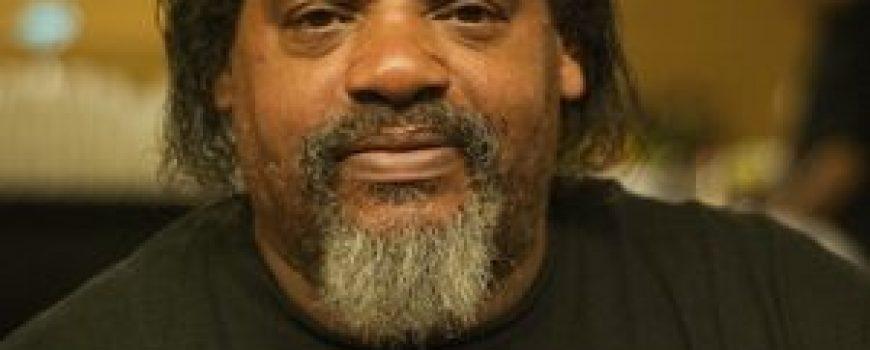 Ike Willis objavljuje biografiju