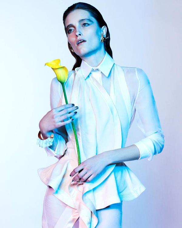 "slika 218 ""Vogue Portugal"": Glamurozni crno beli svet"