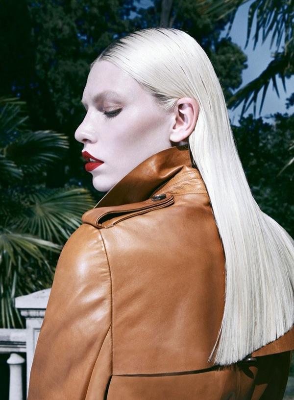 "slika 332 ""Harper's Bazaar Turkey"": Ledena lepota i seksi siluete"