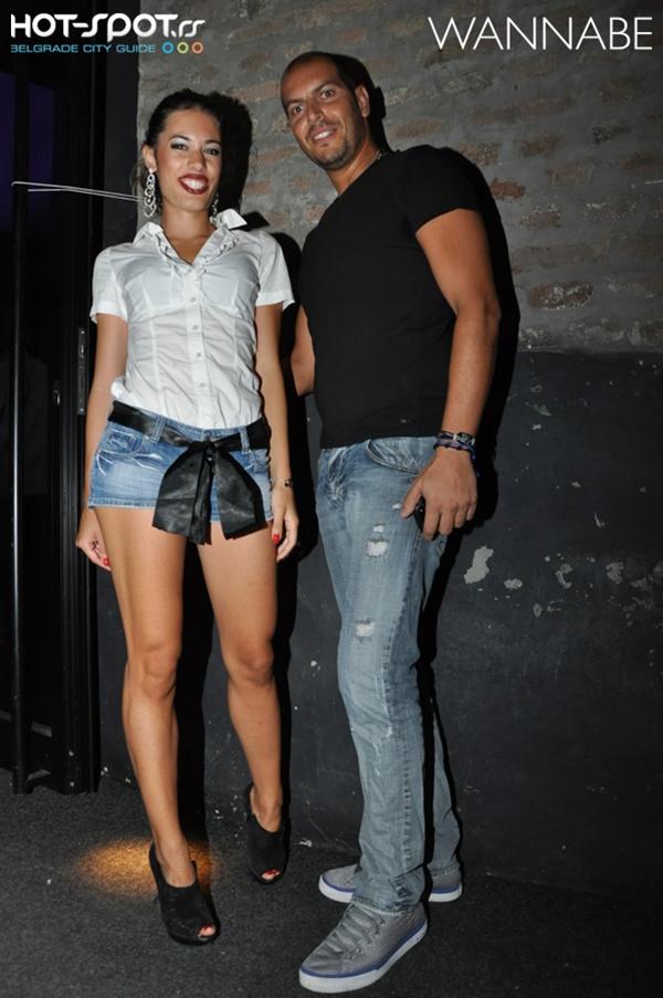 slika 818 Fashion Night Out: Cipelice, bluzice, kompletići, šeširi