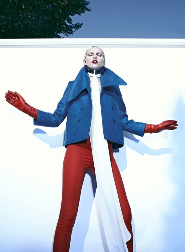 "slika 822 ""Harper's Bazaar Turkey"": Ledena lepota i seksi siluete"