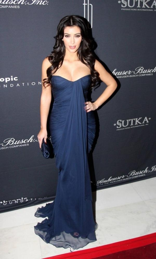 101 10 haljina: Kim Kardashian