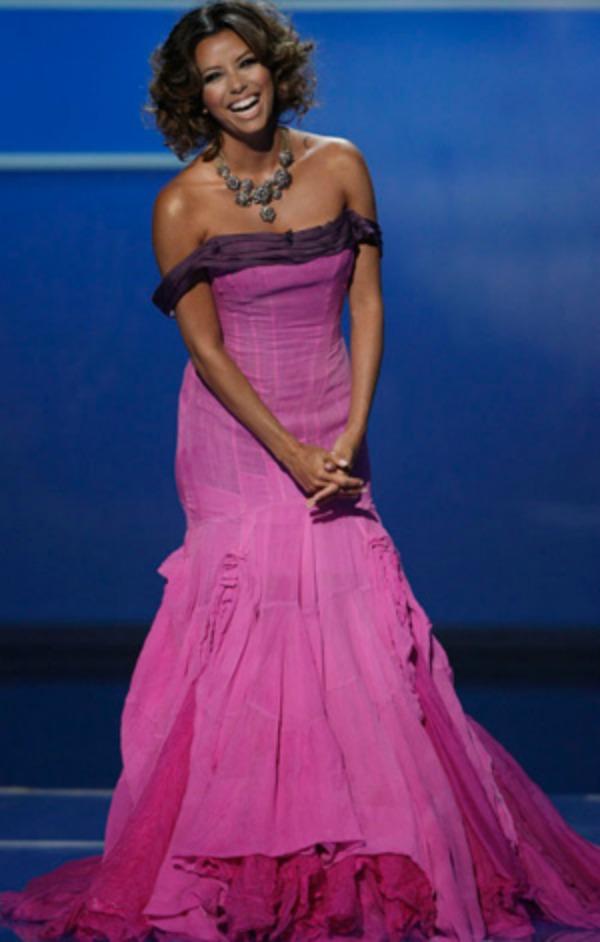 102.jpg2 10 haljina: Eva Longoria