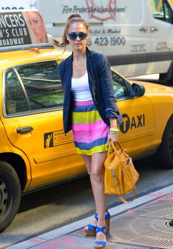 129 10 odevnih kombinacija: Jessica Alba