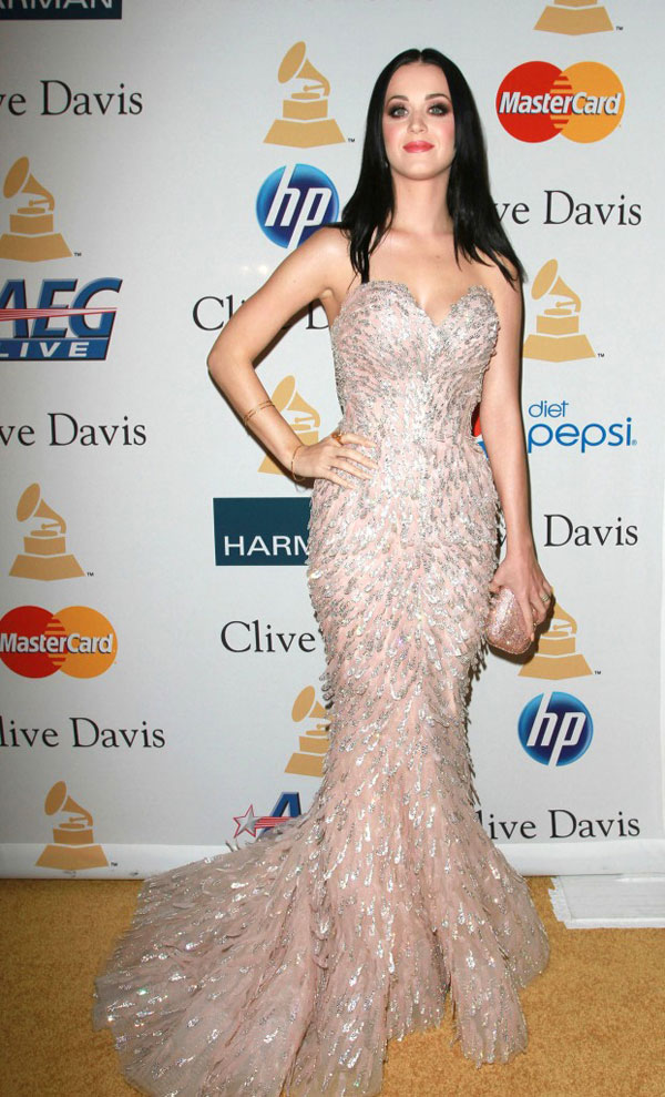 159 10 haljina: Katy Perry