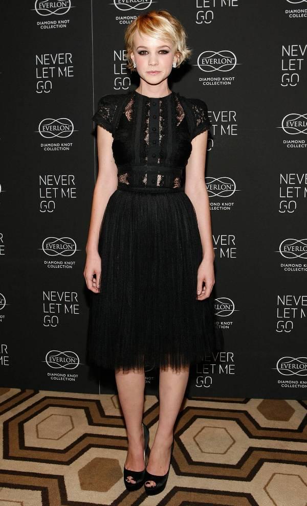 3. 10 haljina: Carey Mulligan
