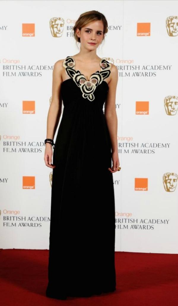 323 10 haljina: Emma Watson