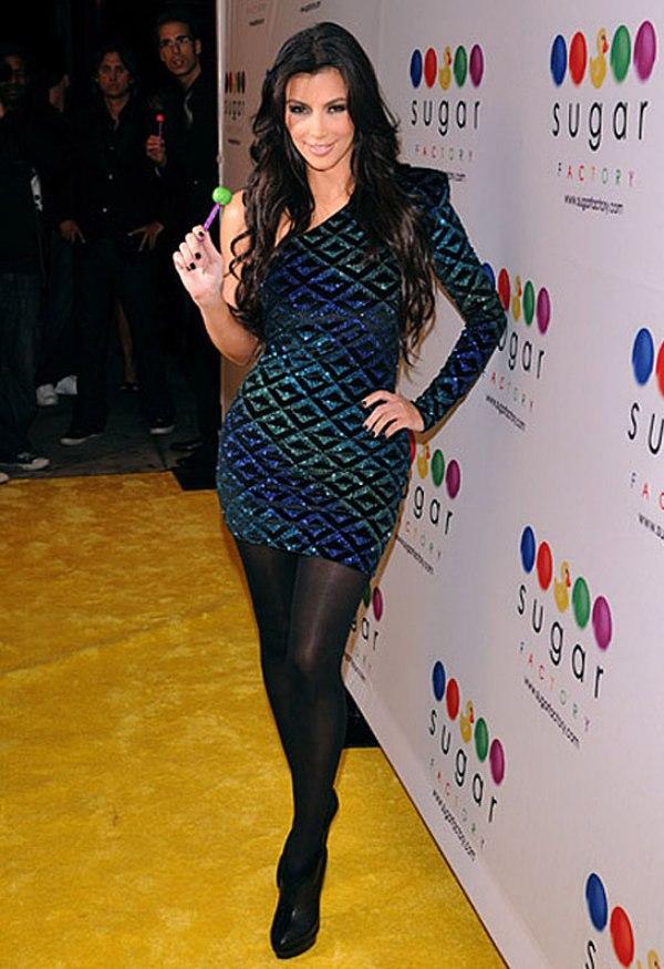 34 10 haljina: Kim Kardashian