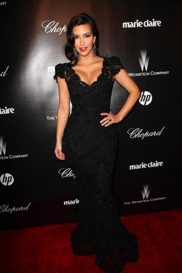 44 10 haljina: Kim Kardashian