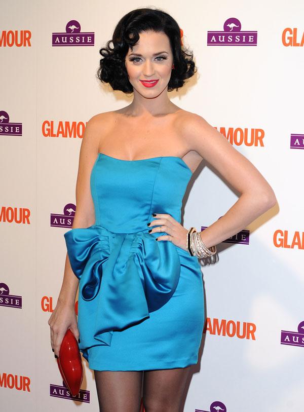 611 10 haljina: Katy Perry
