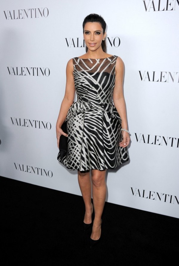 71 10 haljina: Kim Kardashian