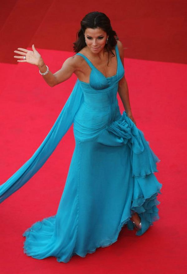 92.jpg2 10 haljina: Eva Longoria