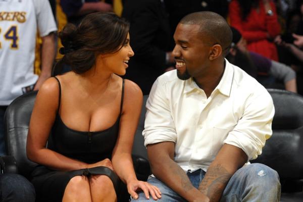 Kim Kardashian Kanye West Kanye West repuje o seksi snimku Kim Kardashian