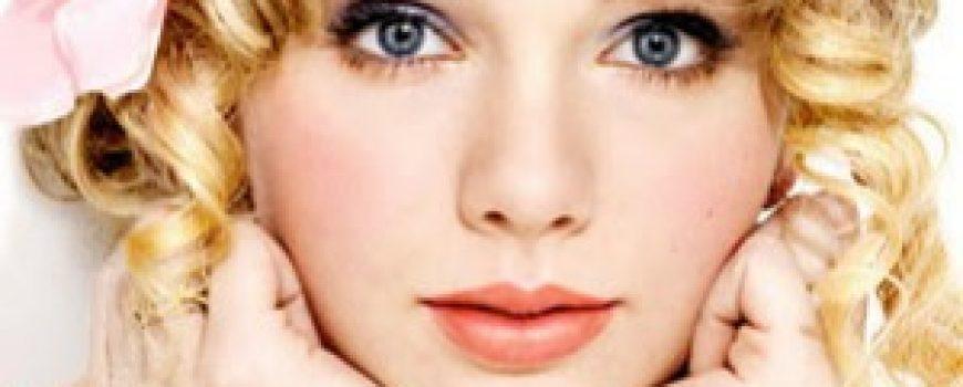 10 haljina: Taylor Swift