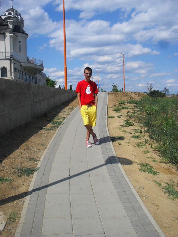 SDC11327 Modni predlozi Srđana Kolarevića: Letnje odevne kombinacije