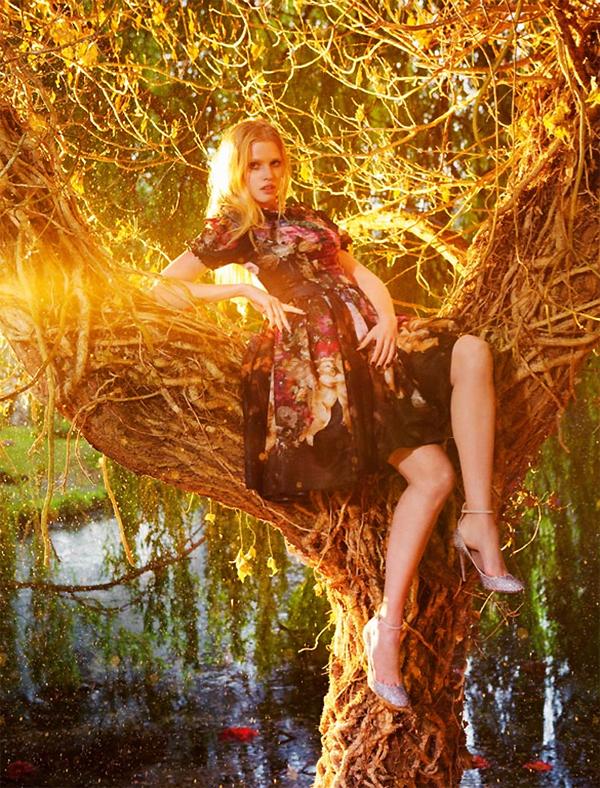 """Slika 218 """"Vogue UK"""": Mračno cvetanje"""