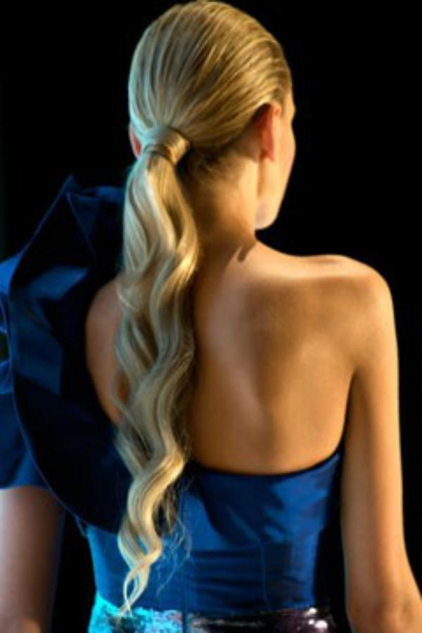 Slika 233 Konjski rep: Od svakodnevne do trendi frizure