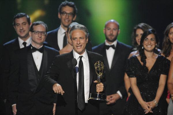 Slika 3 Stjuartov s ou je vis estruko nagra ivan Stil moćnih ljudi: Jon Stewart, komičar ili glas razuma?