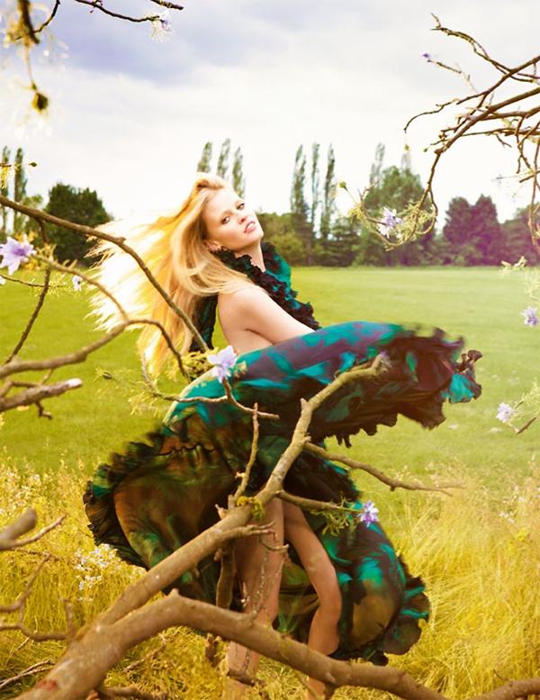 """Slika 58 """"Vogue UK"""": Mračno cvetanje"""