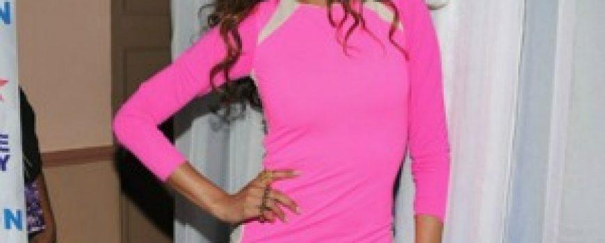 10 haljina: Selita Ebanks