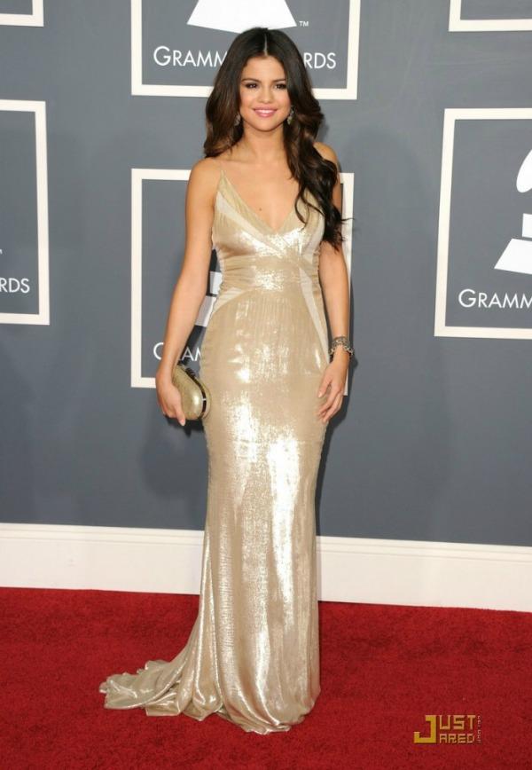 selena gomez selena gomez dress selena gomez dresses best selena gomez dresses top 15 3.jpg 710x1024 10 haljina: Selena Gomez