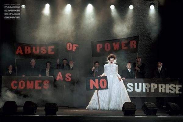 """slika 136 """"Vogue Italia"""": Milla Jovovich kao glamurozna politička aktivistkinja"""