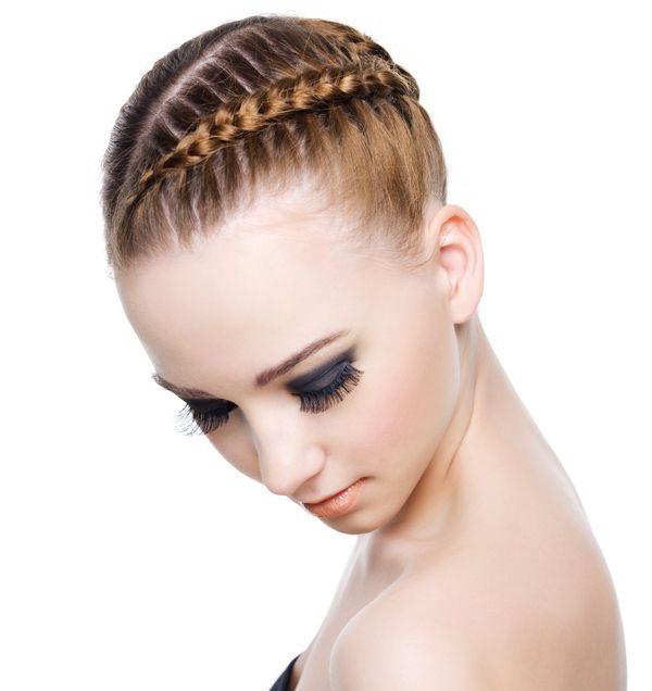 slika 420 Top 10 frizura sa pletenicama koje morate isprobati