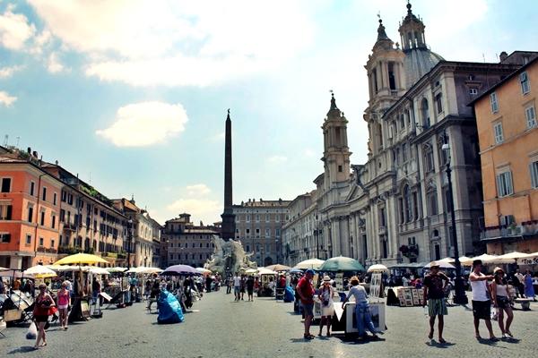 slika 432 Trk na trg: Piazza Navona, Rim