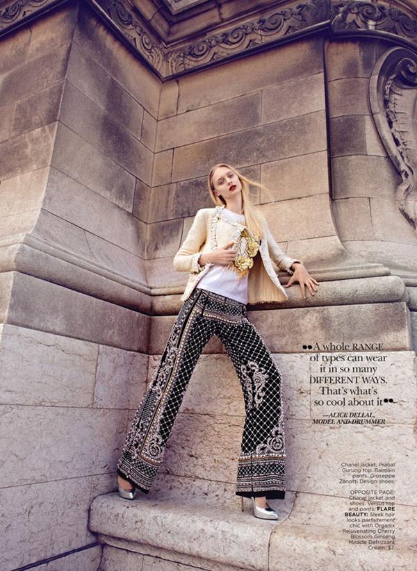 """slika 521 """"Flare"""": Večna jakna Chanel"""