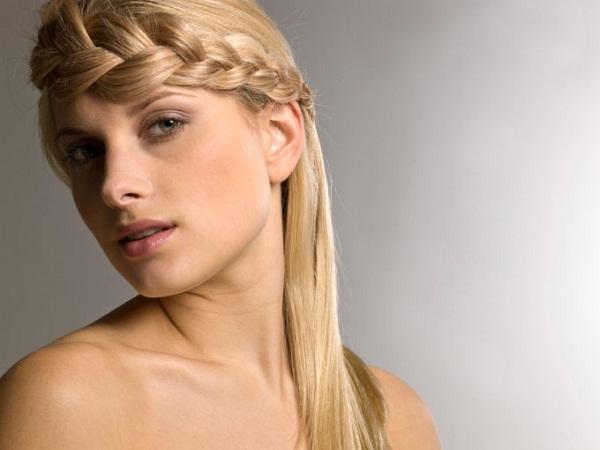 slika 617 Top 10 frizura sa pletenicama koje morate isprobati