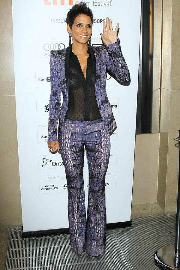slika hali Fashion No No: Grudi najlepše žene na svetu, a mi bi tu svašta dirali
