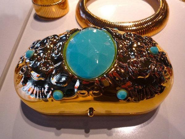 slika84 Anna Dello Russo za H&M: Kolekcija koja osvaja