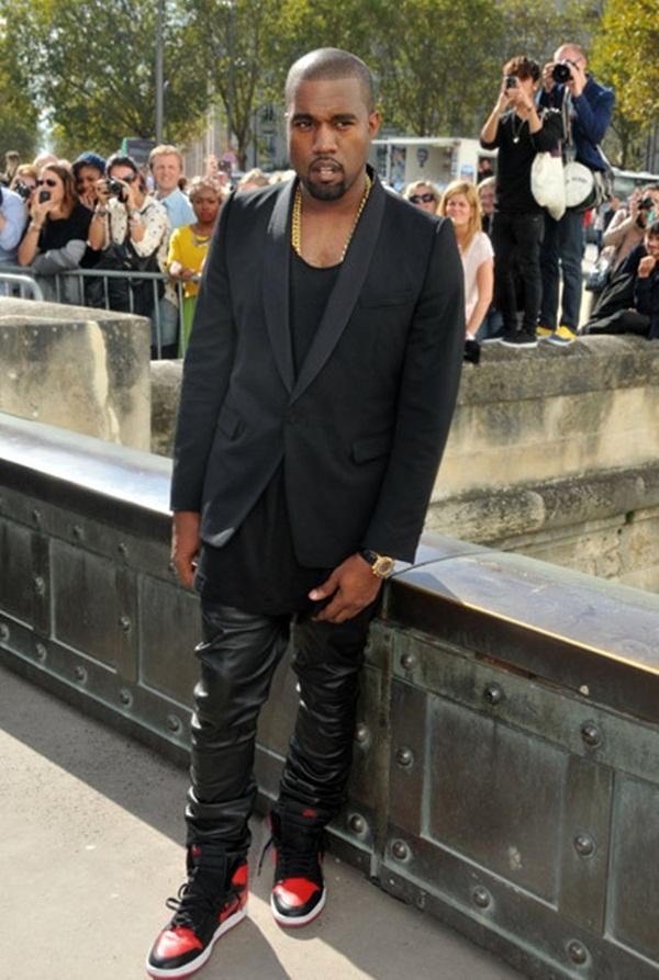 111 10 odevnih kombinacija: Kanye West