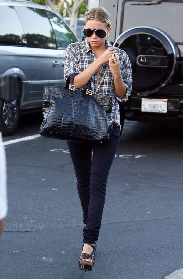 143 Street Style: Ashley Olsen