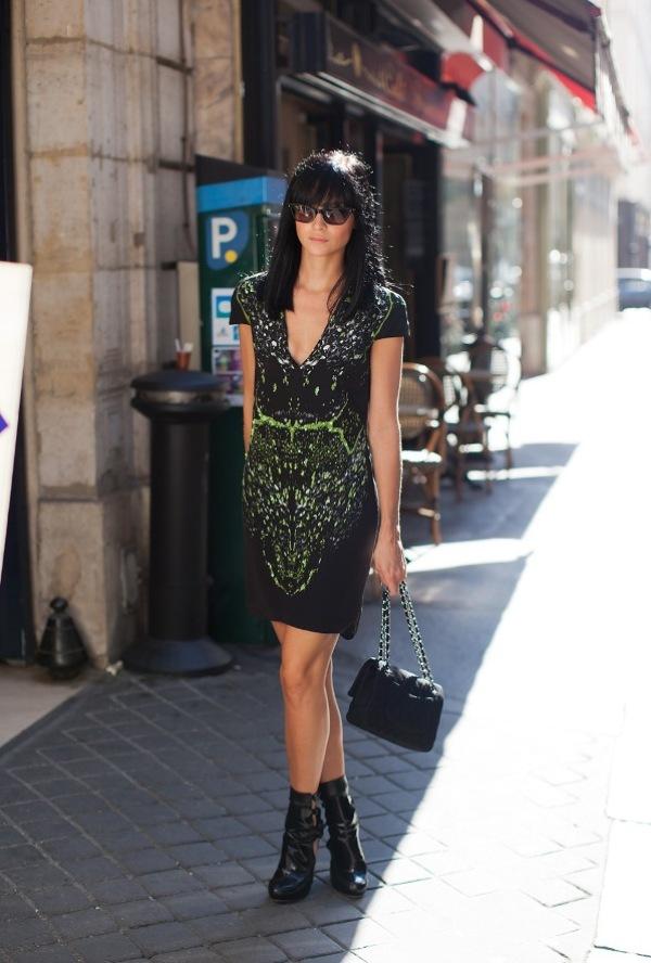 2.2 Street Style: Leigh Lezark