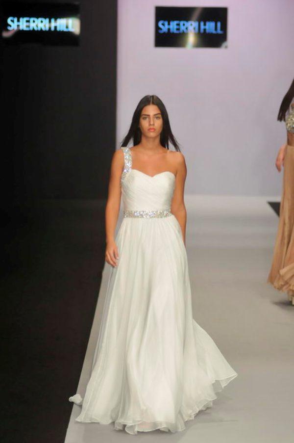 2.5 32. Belgrade Fashion Week: Sherri Hill