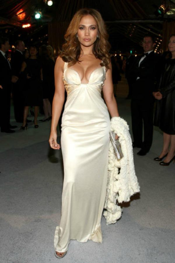 2.jpg 10 haljina: Jennifer Lopez